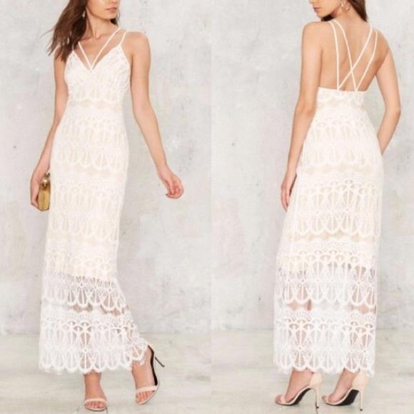 6fe9159a871 Lioness White Lace Maxi Dress